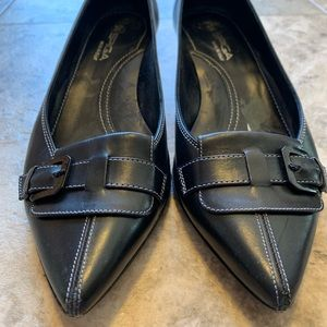 Via Spiga Shoes - Black Via Spiga kitten heel size 6.5